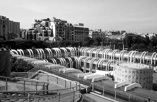 Photos paris in black and white les halles for La droguerie paris les halles