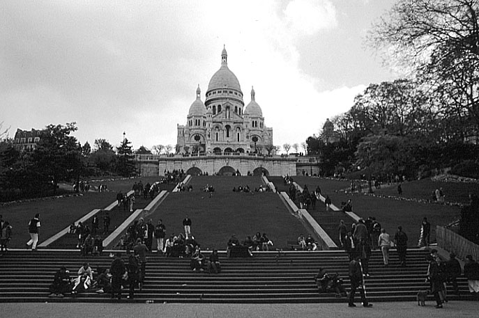 Paris photos in black and white - Montmartre - Sacré Coeur