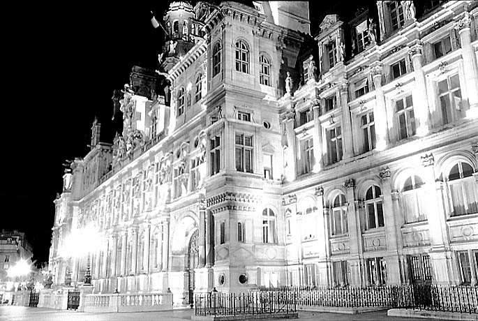 Photos Paris In Black And White At Night Hotel De Ville