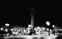 Paris black and white photos at night - Place Vend�me