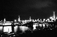 Paris black and white photos at night - Pont Alexandre III