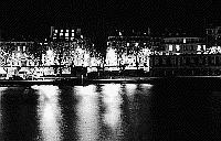 Paris black and white photos at night - La Seine - Quais